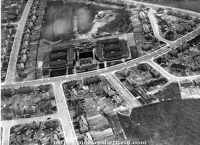 Aerial View of Arbourthorne area. Arbourthorne Central School, Eastern Avenue, centre. Berners Road, left. East Bank Place, right. Fell Brigg Road and Eastern Drive in foreground