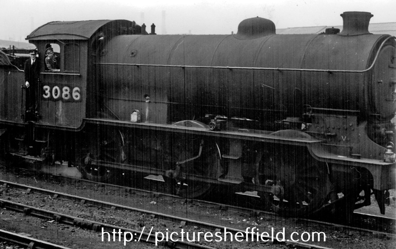 L.N.E.R. Steam Locomotive No. 3086 at Darnall