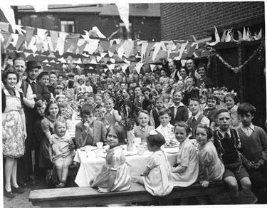 VE Day Celebrations, Hoyland Street, Wincobank