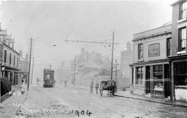 Chesterfield Road tram terminus, Chantrey Arms, right