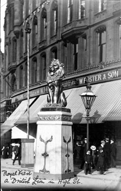 Royal Visit of King Edward VII and Queen Alexandra, High Street, decorative lion outside Nos 10-16, William Foster and Son Ltd., Tailors, Foster's Buildings