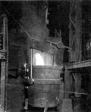 Steel Industry, Tapping a Furnace