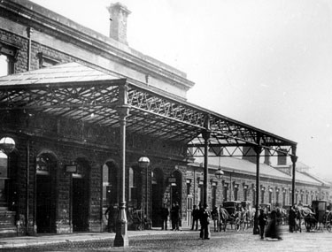 Midland Station with its 1870s frontage before station was enlarged