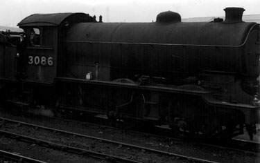 L.N.E.R. Steam Locomotive No. 3086 at Darnall