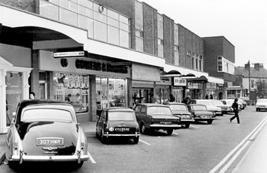 Fulwood Road, showing Broomhill Shopping Centre