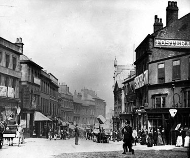 High Street from 'Coles Corner', premises on right, include No 8, White Bear P.H., No 10-14, William Foster and Son Ltd., Tailors, No 16-18, Charles Tinker, Boot Manufacturer