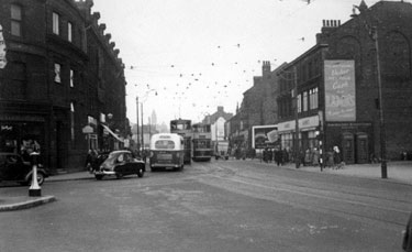 The Moor at juction with Ecclesall Road, No 215/221, Jas. Lamb and Son, Drapers, right, No 206, Yorkshire Penny Bank, left