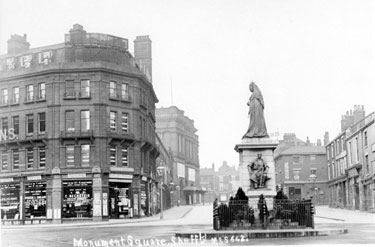 Queen Victoria Monument, Town Hall Square, looking towards Barkers Pool/Fargate (Fargate extended to Pool Square until the 1960s when it became part of Barkers Pool), including Albert Hall. Wilson Peck, Pinstone Street, left