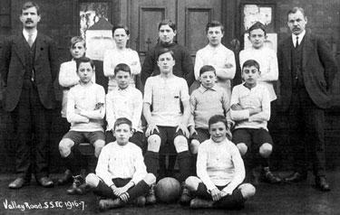 Valley Road Sunday School Football Team 1916-17
