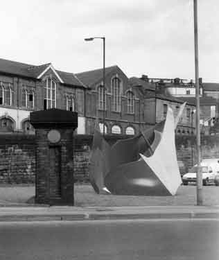 Stainless steel sculpture (unveiled 22nd June,1993) near the Wicker Arches, Savile Street, Attercliffe