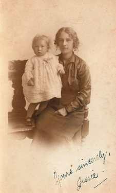 "Jessie Audoire (nee Mettam) (1893-1982) and her daughter Elsie Constance Audoire (known as ""Connie"") (1914-2006), [c. 1915]"