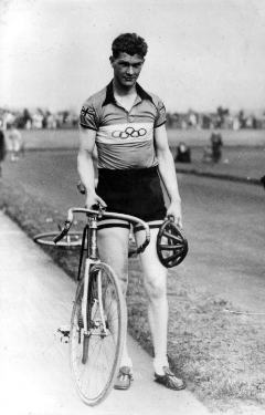 Harry Hill (1916 - 2009) cyclist