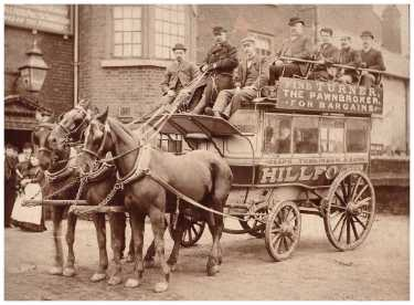 Hillfoot Horse Drawn Bus owned by Joseph Tomlinson and Sons outside an unidentified pub